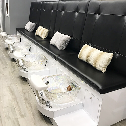 Waltham Nails and Spa in Waltham, MA | (781) 894-7972 – Professional